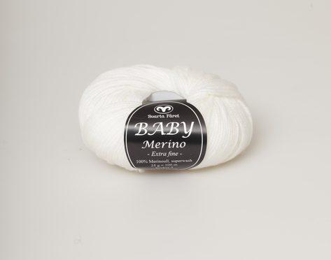 Svarta fåret Baby Merino natur 05